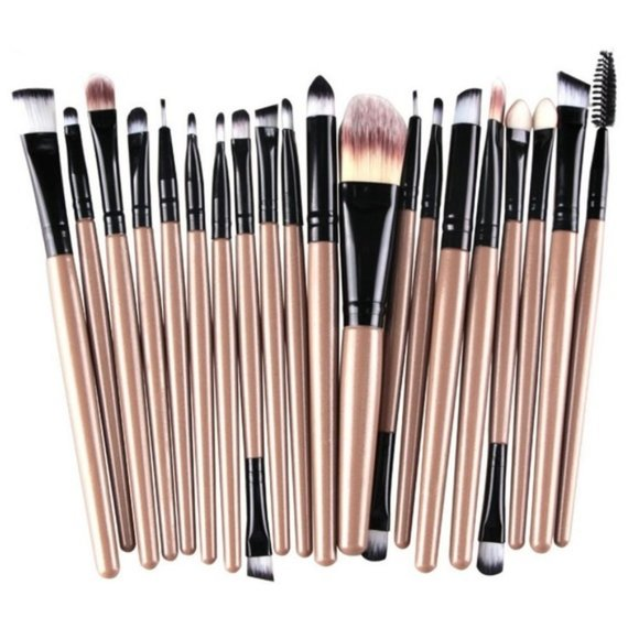 Other - NEW 20pc Nude Pro Makeup Brush Set